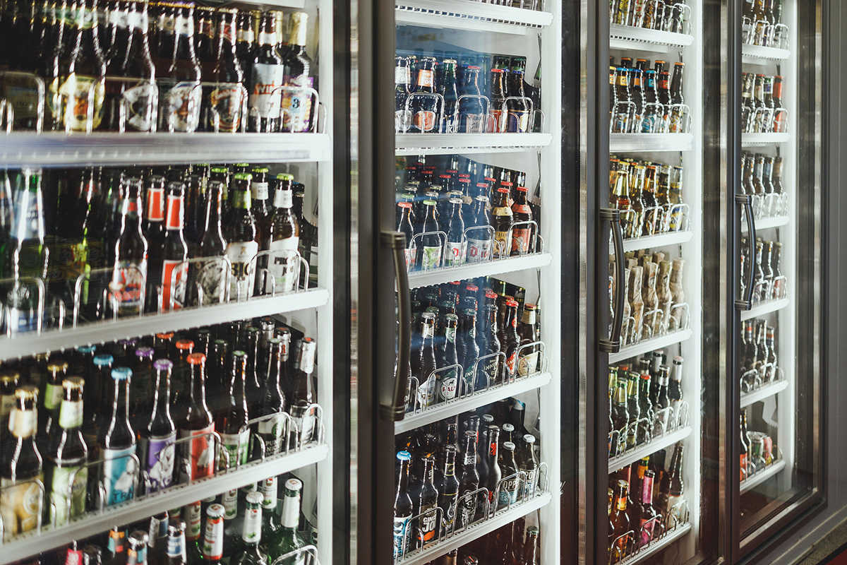 Unsere Kühlschränke voll mit Bier
